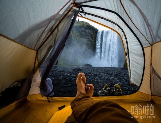 帐篷外的风景