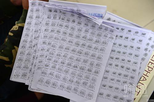 高校学生迟到罚写千遍biang罚画秦俑 学生:再也不迟到了