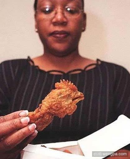 麦当劳吃出鸡头 美国麦当劳吃汉堡吃出鸡头
