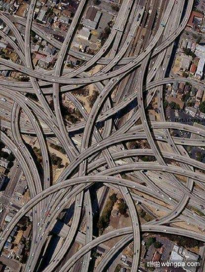 看看得克萨斯州的立交桥 还觉得西直门立交桥像迷宫吗