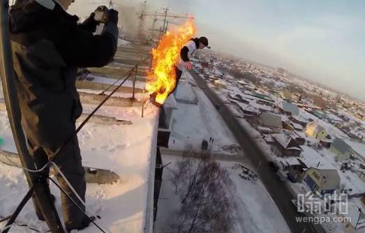 【视频】这俄罗斯小伙物理学的好 危险动作谢绝模仿!