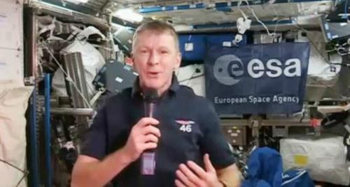 太空错拨电话:哈啰,这是地球吗?