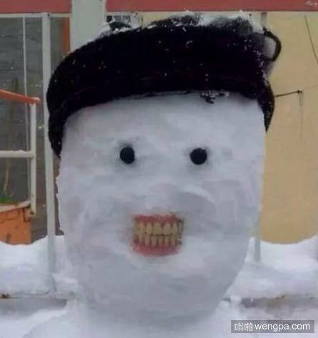 令人毛骨悚然的雪人