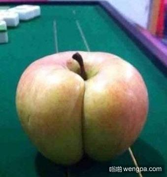 终于知道孩子分不清苹果和屁股的原因了 - 嗡啪搞笑图片