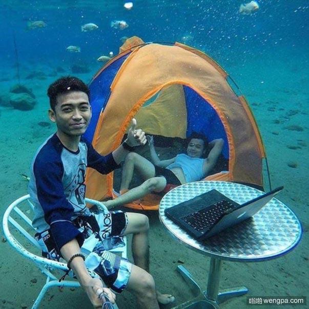最好的自拍 水下露营自拍-嗡啪搞笑图片
