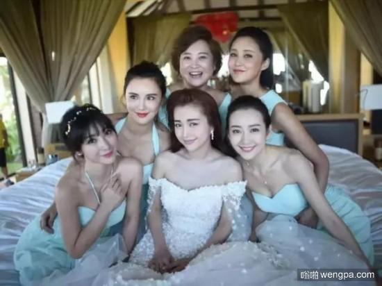 伴娘团中的美女
