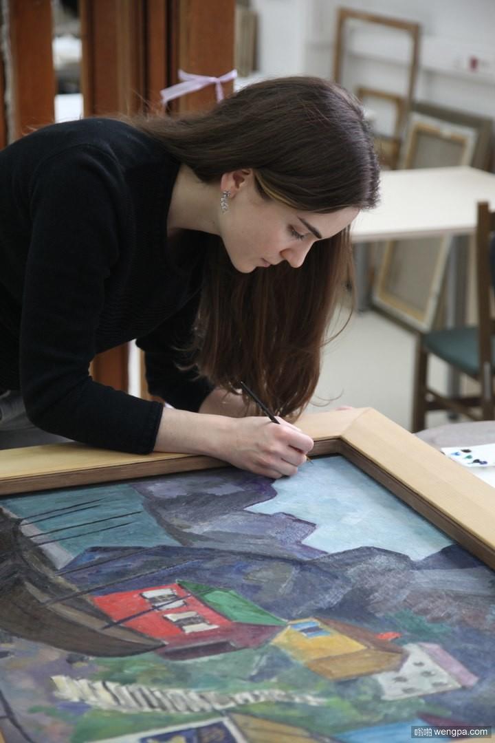 俄罗斯格拉巴里艺术中心恢复了三幅油画