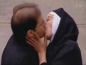 一男子去教堂听教 见一漂亮修女