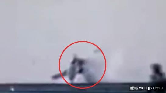 舰载飞机着舰失败坠海视频集锦