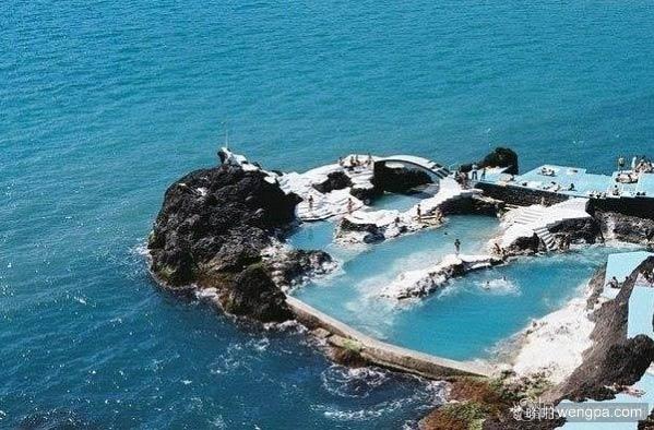 葡萄牙马德拉海岸天然游泳池