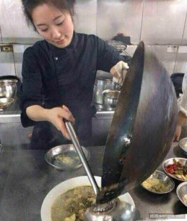 女朋友是个厨师 菜炒的不错