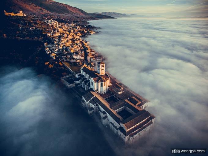 阿西西,翁布里亚,意大利圣弗朗西斯大教堂(by Assisi, Umbria, Italy by fcattuto)