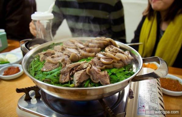 韩国的狗肉火锅