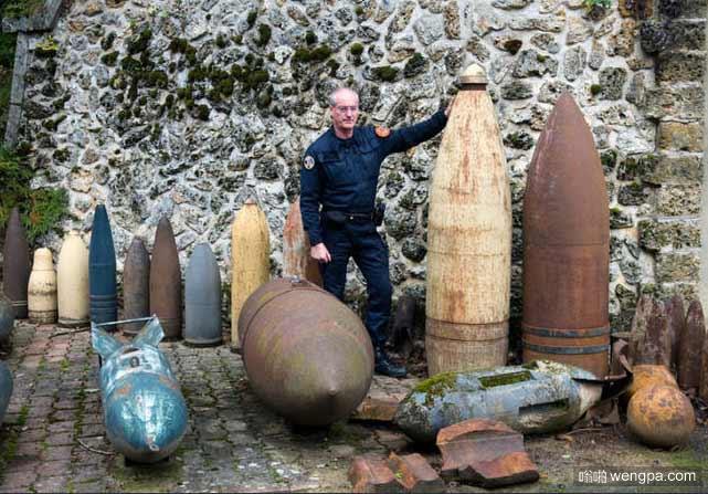 法国二战期间未被引爆的炸弹 - 嗡啪网