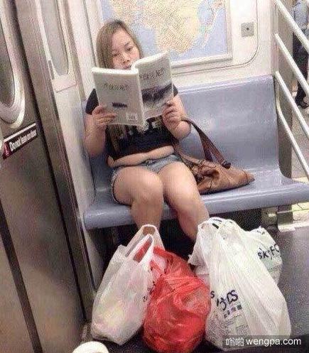 凤姐在美国生活很悠哉 身材略发福