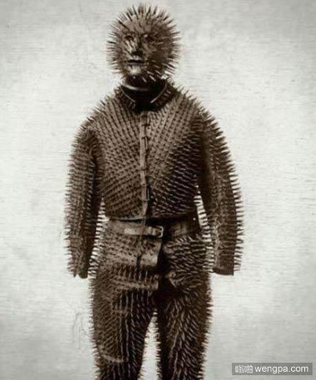 1800年西伯利亚猎人捕熊的服装