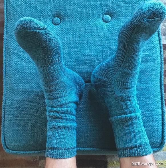 袜子撞衫小沙发