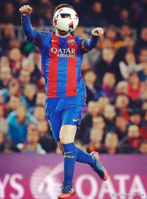 能看出这是哪位足球明星吗
