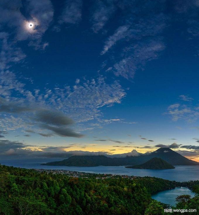 印尼Ternate岛上空的日全食