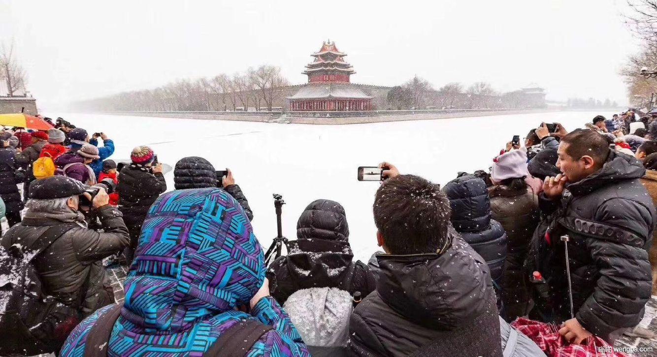 北京下了一场不大不小的初雪,然后…