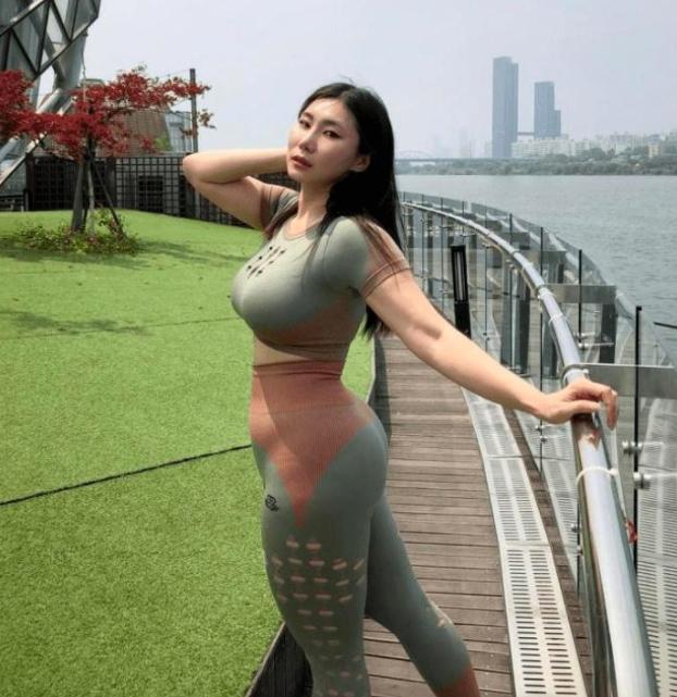 【健身美女】身材健硕的美女 这个比例绝了