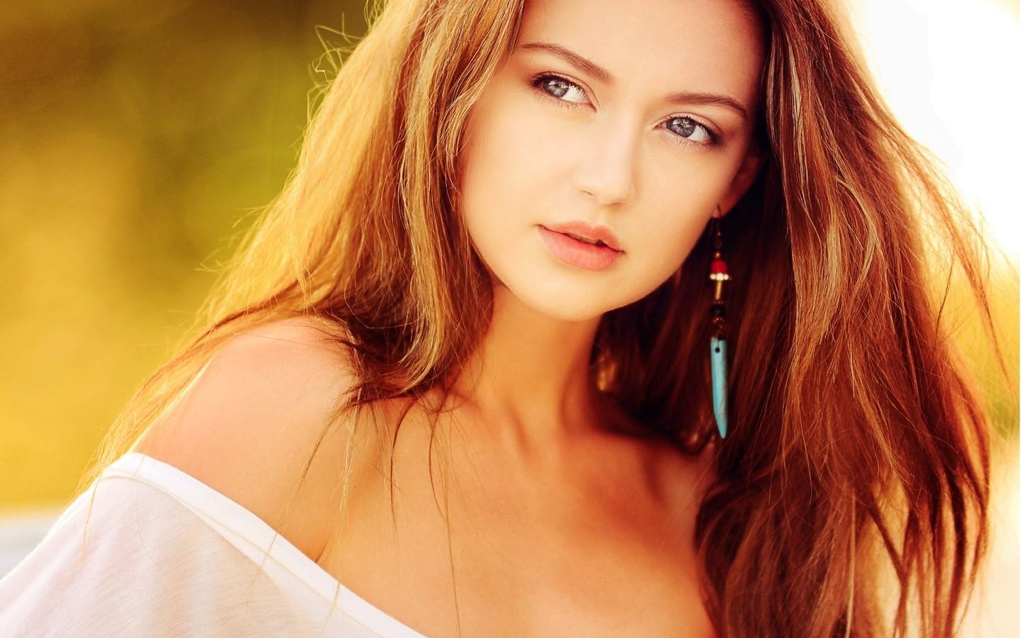 欧美美女迷人写真图片桌面壁纸
