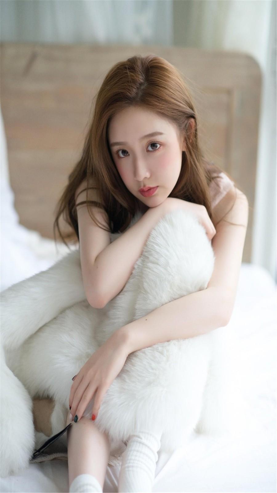 性感美女白皙肌肤高清手机壁纸