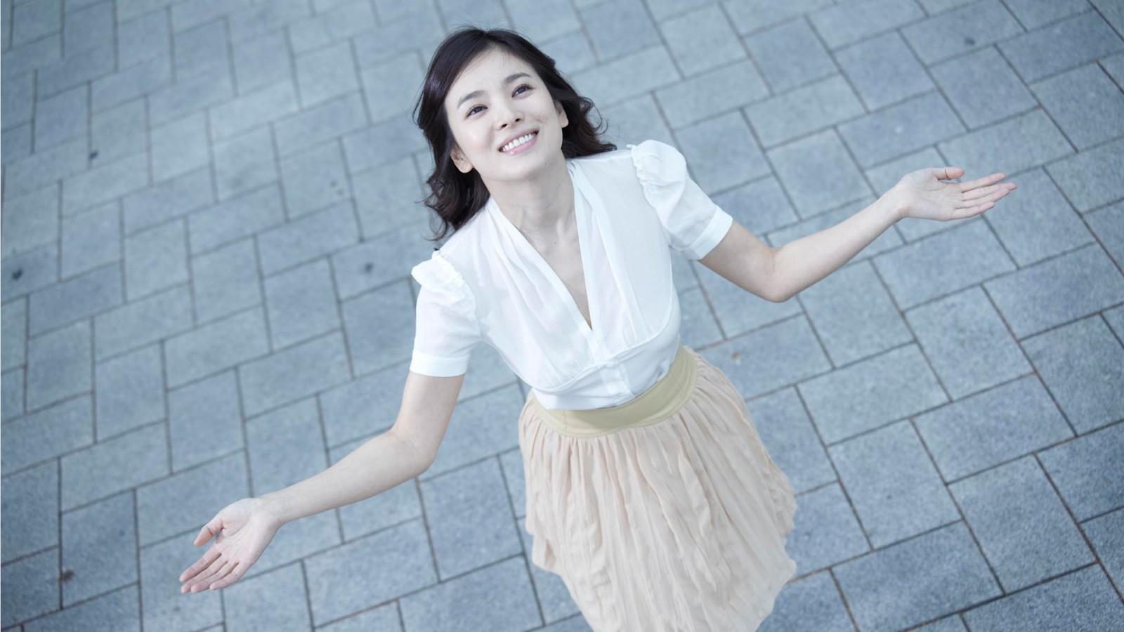 宋慧乔,可爱,笑容,韩国美女明星桌面壁纸