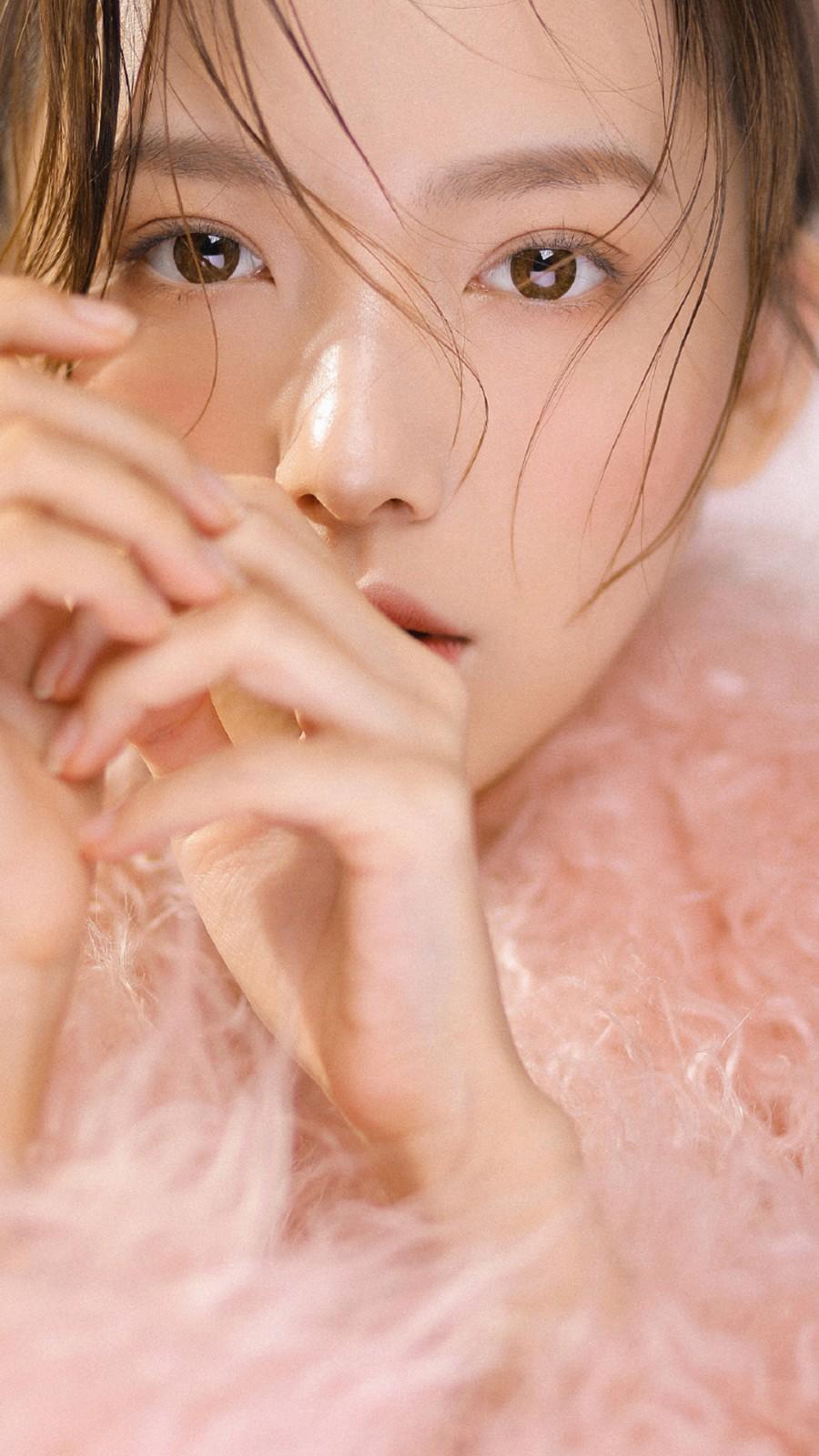 粉色美女唯美诱人写真手机壁纸