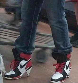 运动风格的高跟鞋,太时尚了