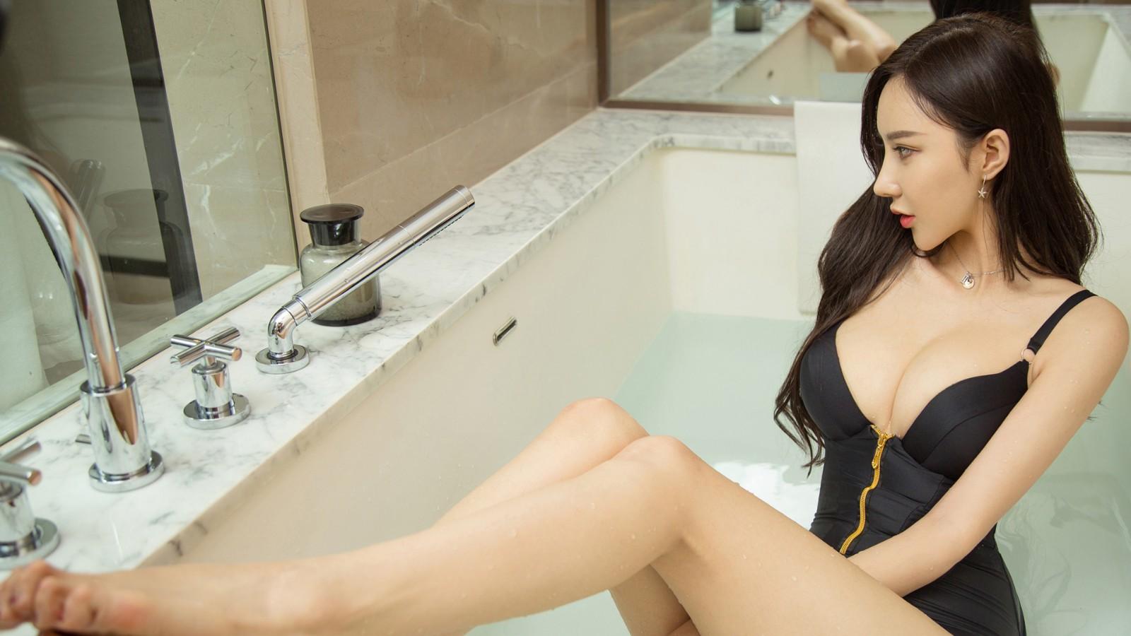 安柔 浴缸写真美女电脑壁纸