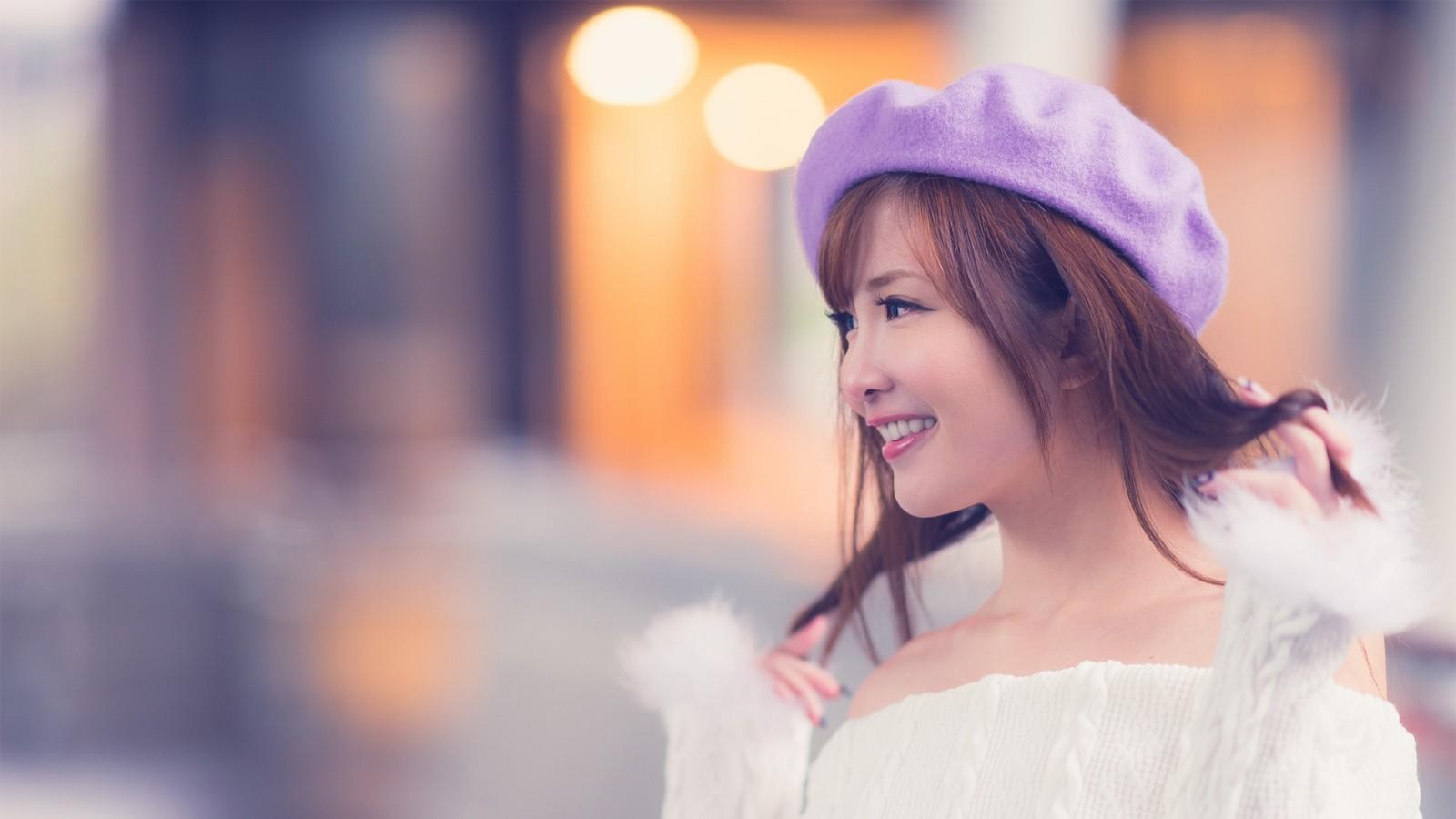 戴帽子的清纯美女2k壁纸